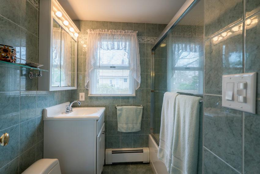 Penn Bath Downstairs